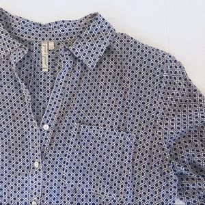 Grand & Greene Blue and White Button-up Top